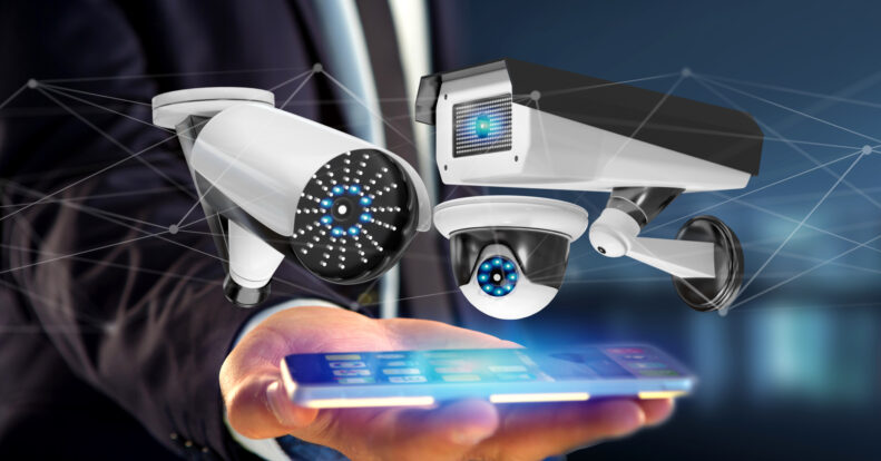 Symbiosis of cloud video surveillance and mobile phones