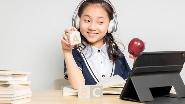 Видеонаблюдение за детьми: 3 главных причины + 4 принципа