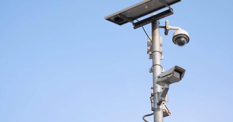 Могут ли видеокамеры работать без электричества? ТОП-3 решений