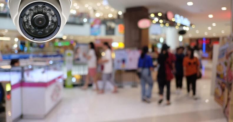 6 плюсов и 3 минуса камер видеонаблюдения в общественных местах